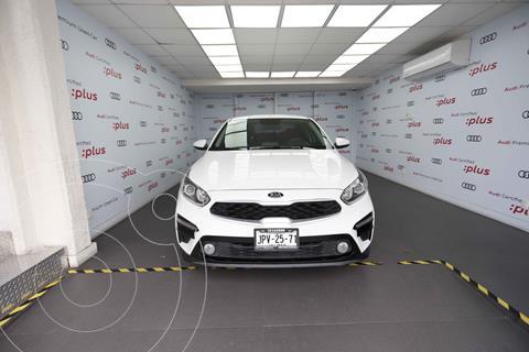 Kia Forte Sedan LX usado (2019) color Blanco precio $275,000