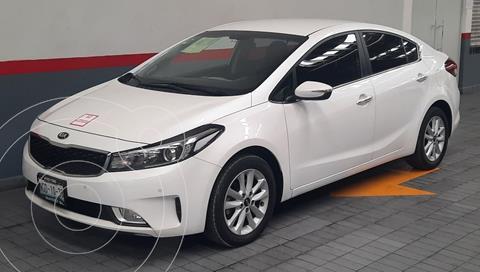 Kia Forte Sedan EX usado (2018) color Blanco precio $229,000