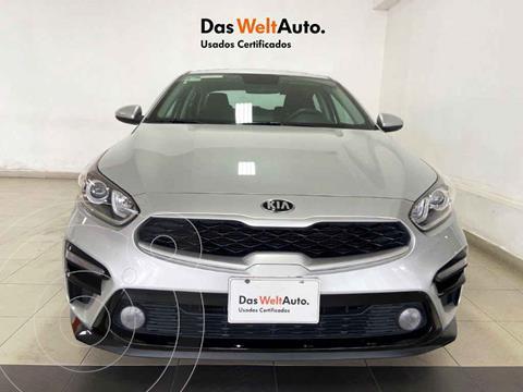 Kia Forte Sedan LX usado (2020) color Plata precio $274,995