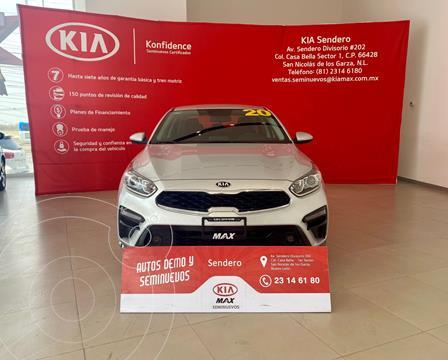 Kia Forte Sedan EX usado (2020) color Plata Dorado precio $310,000