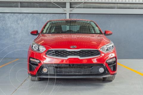 Kia Forte Sedan 2.0L LX usado (2020) color Rojo precio $298,000