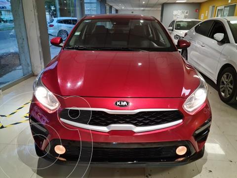 Kia Forte Sedan 2.0L LX usado (2020) color Rojo precio $316,900