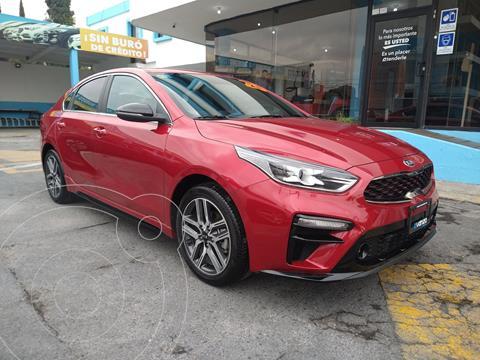 Kia Forte Sedan GT Line usado (2020) color Rojo Cobrizo precio $385,000