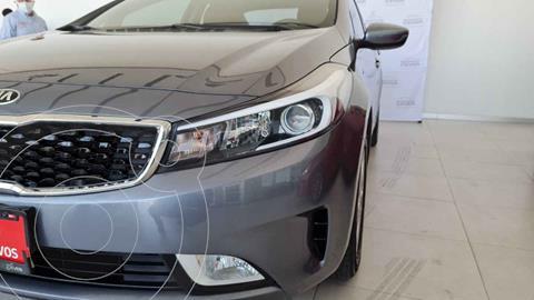 Kia Forte Sedan LX usado (2018) color Gris precio $209,900