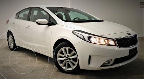 Kia Forte Sedan LX usado (2018) color Blanco precio $199,999