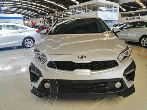 Kia Forte Sedan 2.0L LX usado (2020) color Plata Dorado precio $310,000