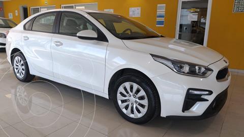 Kia Forte Sedan LX Aut usado (2019) color Blanco precio $249,900