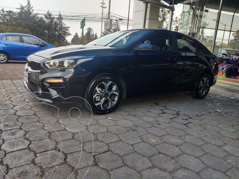 Kia Forte Sedan LX usado (2019) color Negro precio $250,000