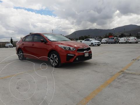 Kia Forte Sedan 2.0L LX usado (2020) color Rojo precio $328,900