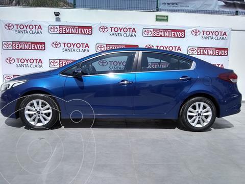 Kia Forte Sedan LX usado (2018) color Azul precio $230,000