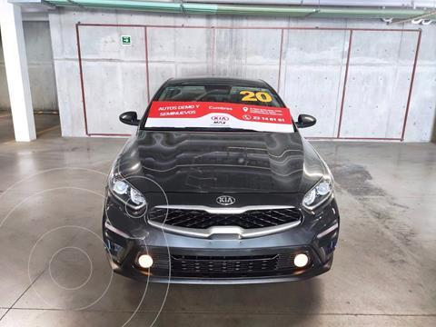 Kia Forte Sedan LX Aut usado (2020) color Gris precio $255,000