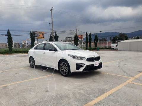 Kia Forte Sedan GT Line usado (2021) color Blanco precio $405,900