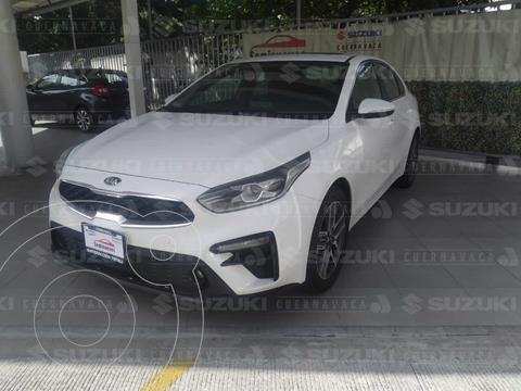 Kia Forte Sedan EX Aut usado (2019) color Blanco precio $316,000
