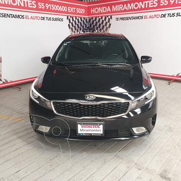Kia Forte Sedan HB EX usado (2018) color Negro precio $238,000