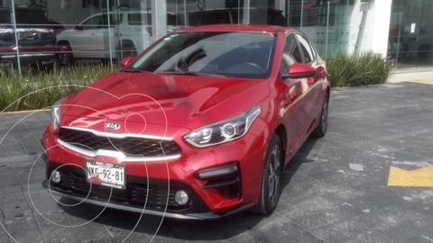 Kia Forte Sedan 2.0L LX usado (2020) color Rojo precio $289,000
