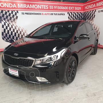 Kia Forte Sedan HB EX usado (2018) color Negro precio $243,000