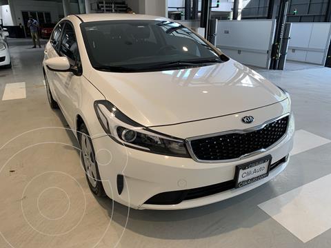 Kia Forte Sedan 2.0L LX usado (2018) color Blanco precio $225,000