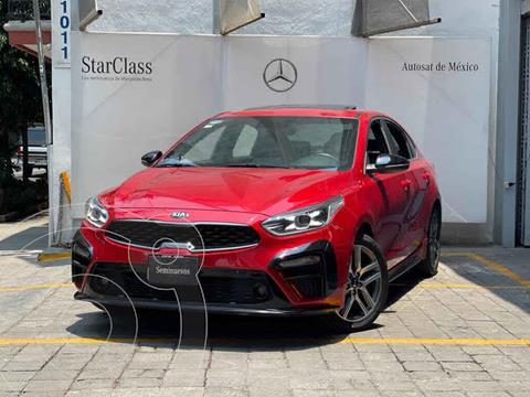 Kia Forte Sedan GT Line Aut usado (2020) color Rojo precio $360,000
