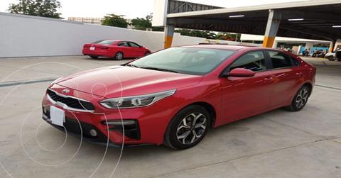 Kia Forte Sedan 2.0L LX usado (2020) color Rojo precio $289,890