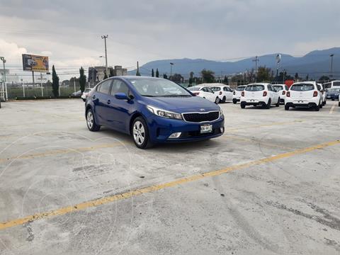 Kia Forte Sedan 2.0L LX usado (2017) color Azul Acero precio $218,900