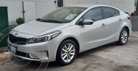 Kia Forte Sedan EX usado (2018) color Plata Dorado precio $239,000