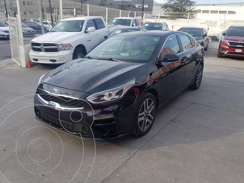 Kia Forte Sedan EX Aut usado (2019) color Negro precio $285,000