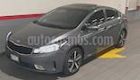 Foto venta Auto usado Kia Forte 4p SX L4/2.0 Aut (2018) color Gris precio $293,000