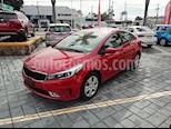 Foto venta Auto Seminuevo Kia Forte EX Aut (2017) color Rojo precio $207,000