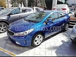Foto venta Auto Seminuevo Kia Forte EX Aut (2017) color Azul precio $207,000