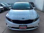 Foto venta Auto usado Kia Forte EX Aut (2017) color Blanco Perla precio $220,000