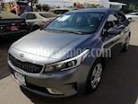 Foto venta Auto usado Kia Forte EX Aut color Gris precio $195,000