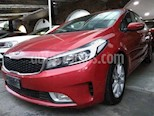 Foto venta Auto usado Kia Forte EX (2017) color Rojo precio $189,900