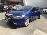 Foto venta Auto usado Kia Forte EX color Azul precio $258,000