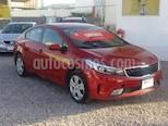 Foto venta Auto usado Kia Forte EX color Rojo precio $225,000