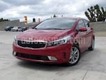 Foto venta Auto usado Kia Forte HB EX (2017) color Rojo precio $218,000