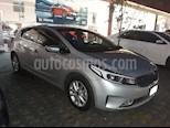 Foto venta Auto Seminuevo Kia Forte HB EX (2018) color Plata precio $250,000