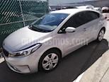 Foto venta Auto Seminuevo Kia Forte LX Aut (2018) color Plata precio $235,000