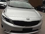 Foto venta Auto usado Kia Forte LX (2017) color Plata precio $215,000