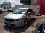 Foto venta Auto Seminuevo Kia Forte LX (2017) color Plata precio $215,000