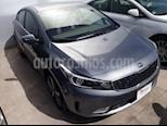 Foto venta Auto Seminuevo Kia Forte LX (2017) color Gris precio $289,000