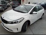 Foto venta Auto usado Kia Forte LX color Blanco precio $210,000