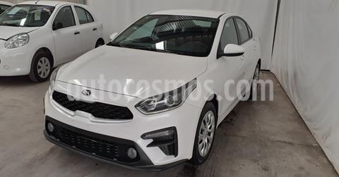 Kia Forte Sedan HB GT usado (2020) color Blanco precio $252,900