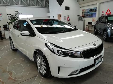 Kia Forte EX usado (2018) color Blanco precio $229,000