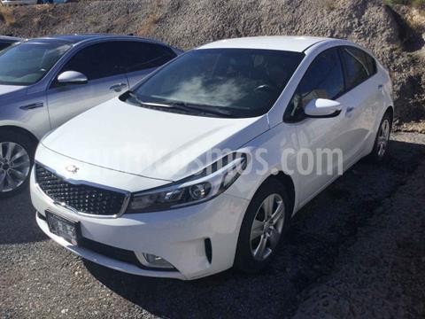 Kia Forte Sedan LX usado (2018) color Blanco precio $235,000