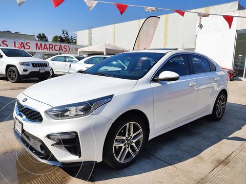 Kia Forte Sedan GT Line Aut usado (2019) color Blanco Perla precio $295,000
