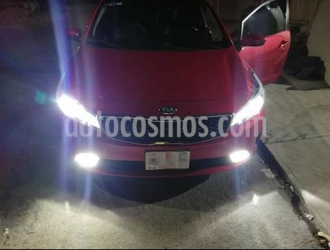 Kia Forte Sedan LX usado (2018) color Rojo precio $200,000