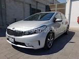 Foto venta Auto usado Kia Forte SX Aut color Plata precio $285,000