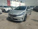 Foto venta Auto Seminuevo Kia Forte SX Aut (2018) color Plata precio $325,000
