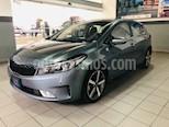 Foto venta Auto usado Kia Forte SX Aut (2017) color Gris precio $250,000