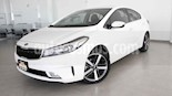 Foto venta Auto usado Kia Forte SX Aut (2017) color Blanco precio $253,000
